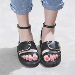 Shoespie Cool Metal Buckle Flat Sandals