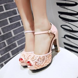 Shoespie Lace Decorated Peep Toe Heel Sandals
