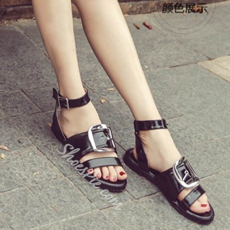Shoespie Black Big Buckles Decorated Flat Sandals