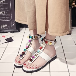 Shoespie Candy Color Rivet Strappy Buckle Thong Flat Sandals