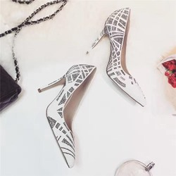 Shoespie Pointed Toe Rivets Stiletto Heels