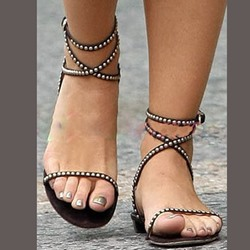 Shoespie Rivet Zipper Heel Covering Flat Sandals