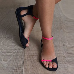 Shoespie Toe RingColor Block Line-Style Buckle Flat Sandals