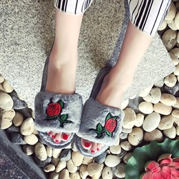 Shoespie Embroidery Flocking Flip Flop Flat Heel Mules Shoes