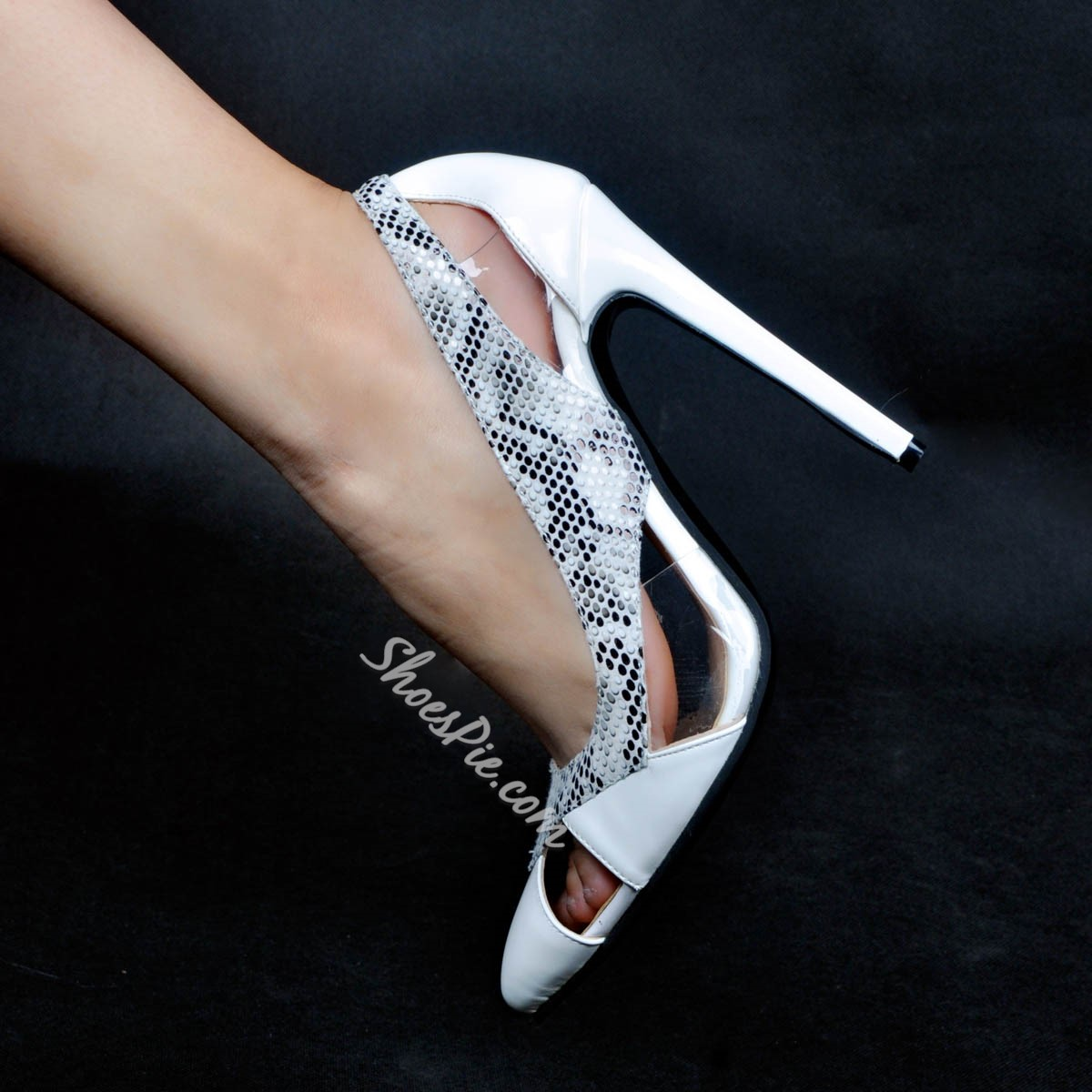 Shoespie Hollow Patchwork Pointed Toe Stiletto Heels