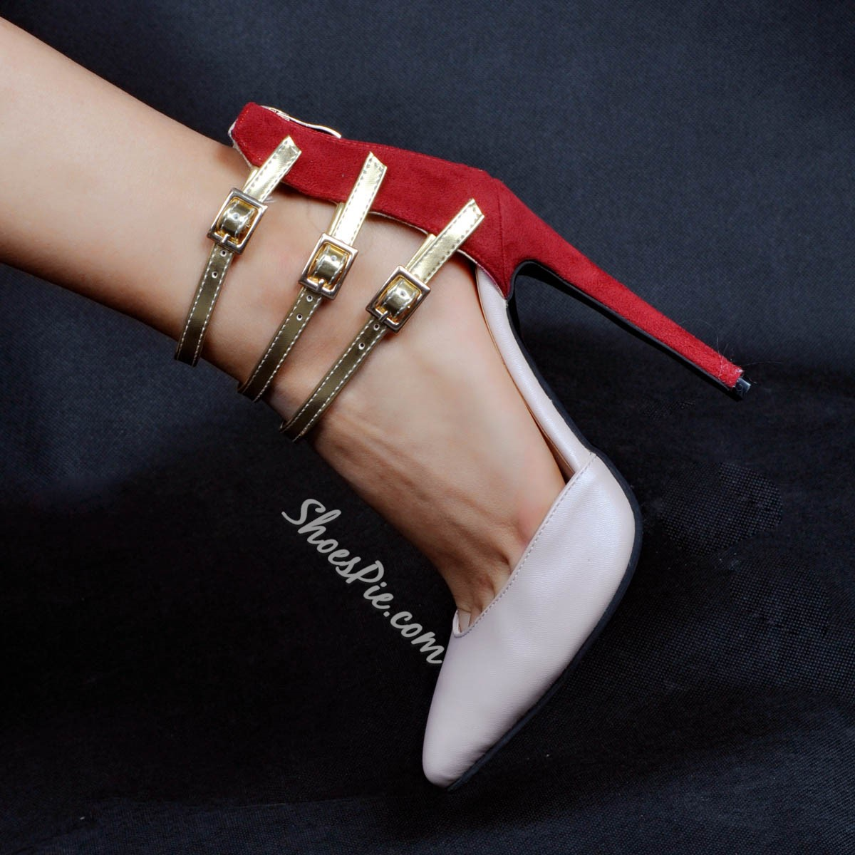 Shoespie Buckles Pointed-toe Stiletto Heels