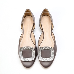 Shoespie Silk Fabric Crystal-embellished Rhinestone Sequin Wedding Flat Sandals