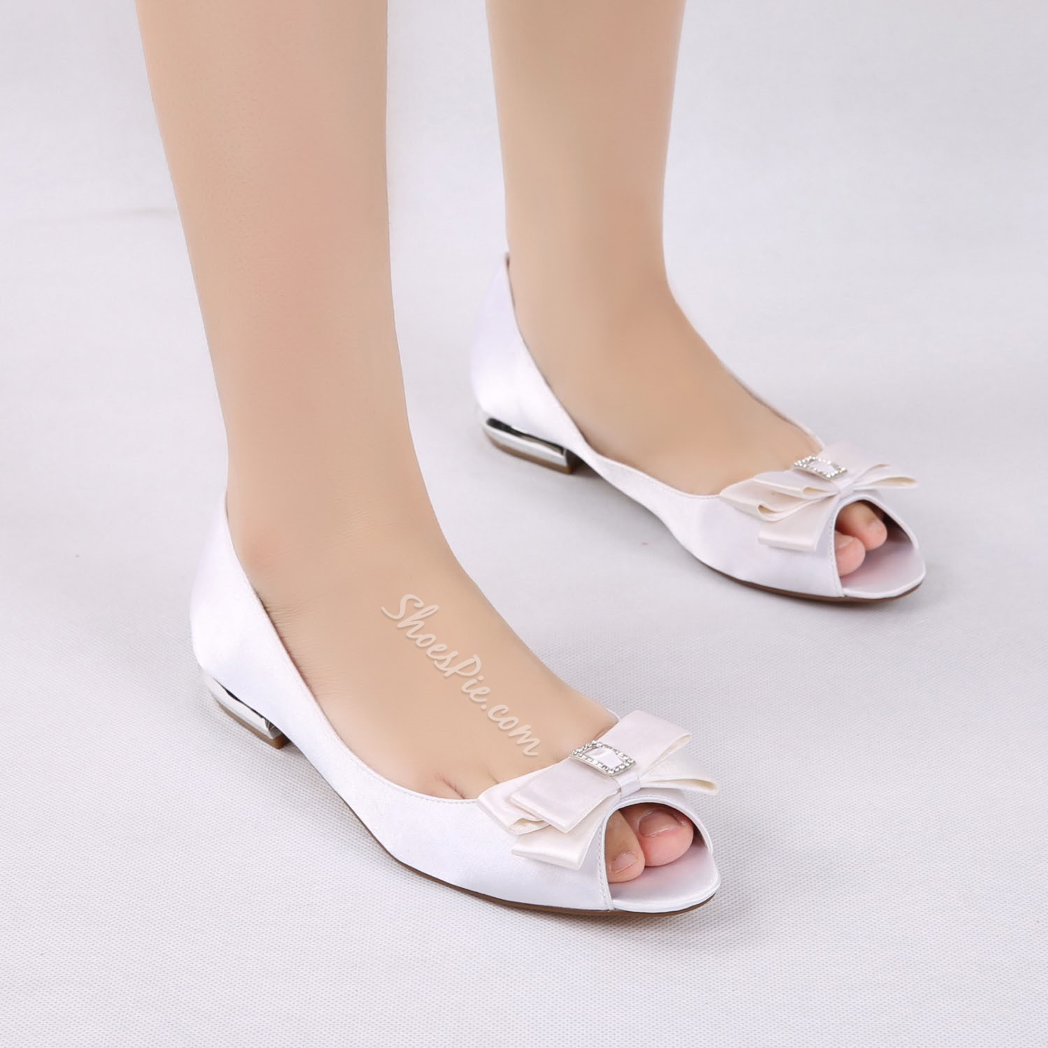 Shoespie Bow Rhinestone Silk Fabric Peep Toe Wedding Shoes Flat Sandals