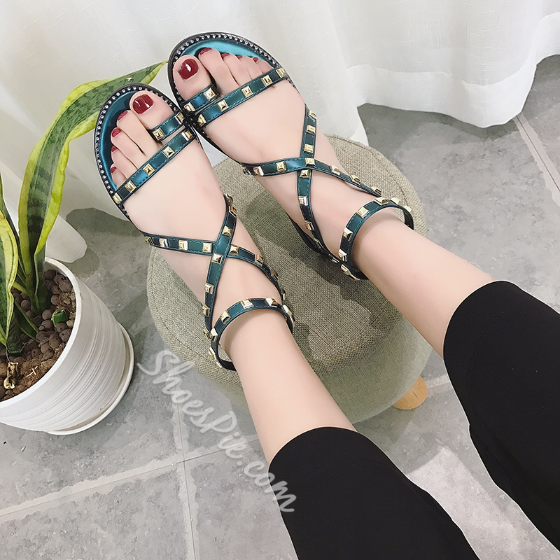 Shoespie Rivet Zipper Toe Ring Flat Sandals