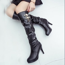 Shoespie Stiletto Heel Beads Fringe Platform Knee High Boots