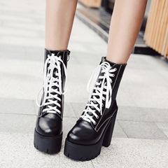 Shoespie Chunky Heel Cross Strap Platform Ankle Boots