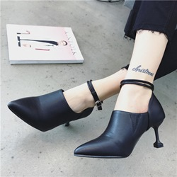 Shoespie Spool Heel Line-Style Buckle Ankle Boots