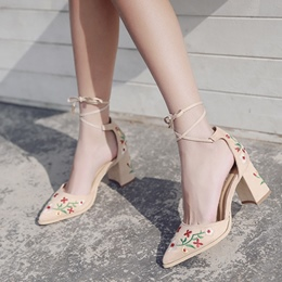 Floral Lace-Up Chunky Heel Women's Shoes