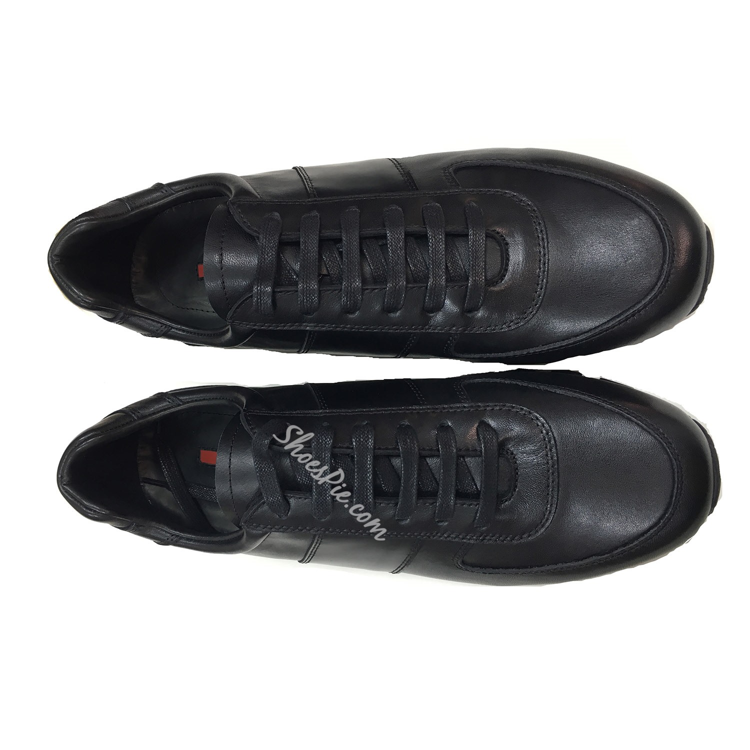 Lace-Up Round Toe Casual Men's Sneakers