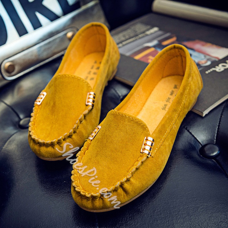 Solid Color Slip-On Women's Casual Shoes