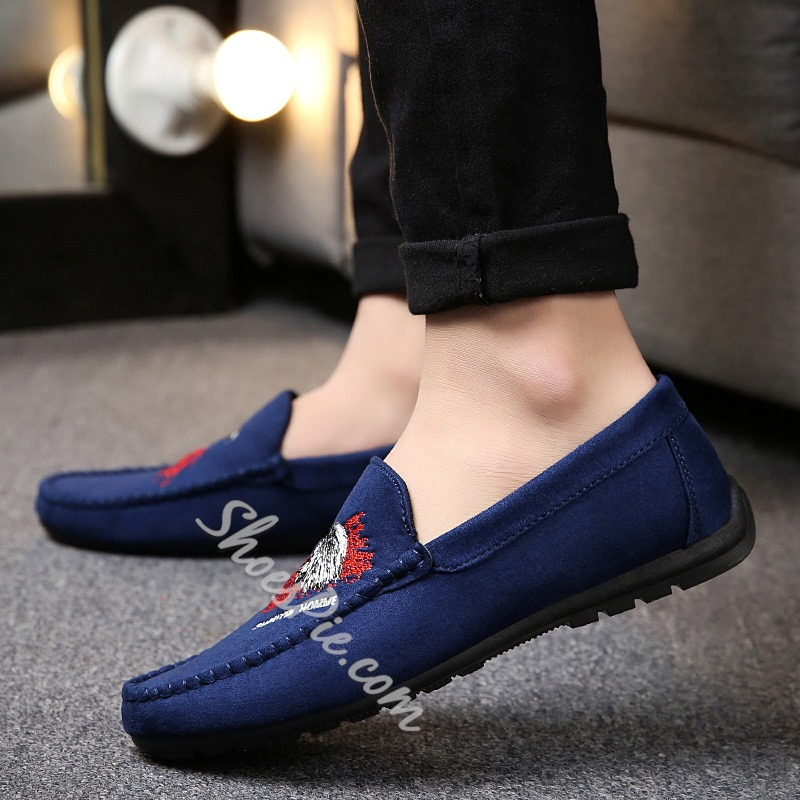 Round Toe Slip-On Embroidery Men's Loafers