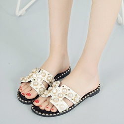 Beads Hollow Slip-On Block Heel Sandals
