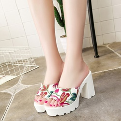 Floral Platform Slip-On Women's Sandals