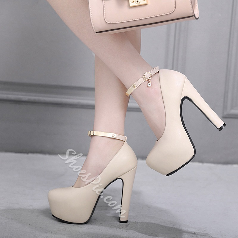 Line-Style Buckle Round Toe Chunky Heels