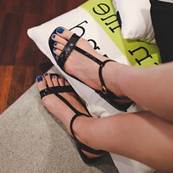 Black Open Toe Block Heel Strappy Sandals