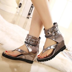 Rivet Wedge Heel Thong Platform Flat Sandals