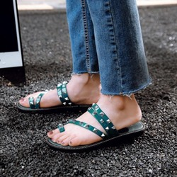 Casual Toe Ring Slip-On Rivet Flat Sandals