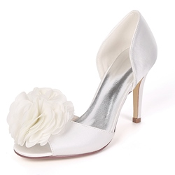 Appliques Slip-On Peep Toe Wedding Shoes