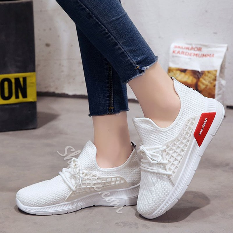 Comfortable Platform Lace-Up Women's Sneakers
