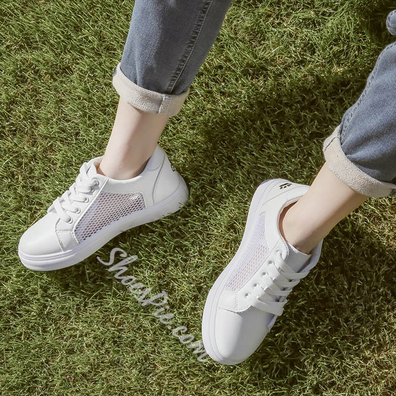 Embroidery Casual Round Toe Lace-Up Sneakers