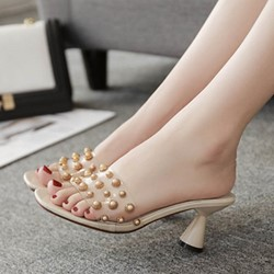 Shoespie Cute Rivet Shaped Heels Slippers