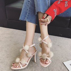 Shoespie Super Cute Pompon Buckle Stiletto Heels