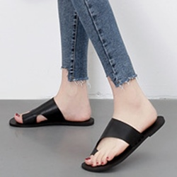 Black Casual Toe Ring Slide Sandals