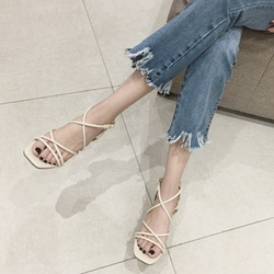 Shoespie Low-Cut Upper Chunky Heel Strappy Slipper