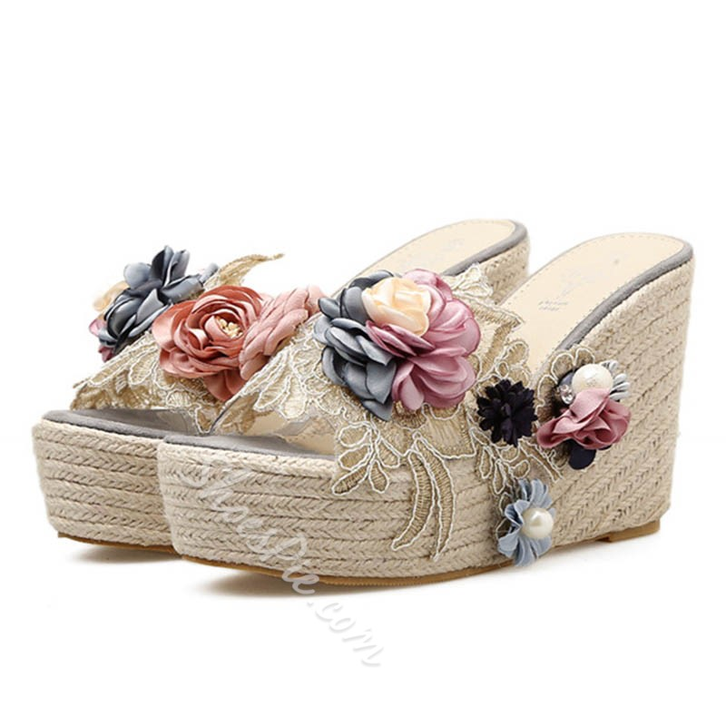 Shoespie Cute Appliques & Beads Wedge Heels
