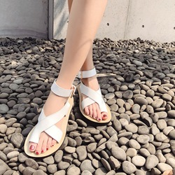 Shoespie Toe Ring Casual Buckle Flat Sandals