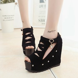 Shoespie Platform Buckle Black Peep Toe Wedge Heels
