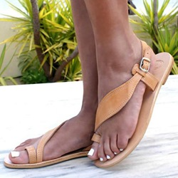Shoespie Buckle Toe Ring Flat Sandals