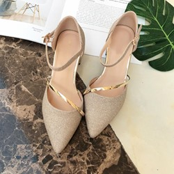 Shoespie Sequin Plain Pointed Toe Golden Low Heels