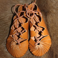 Round Toe Lace-Up Flat Sandals
