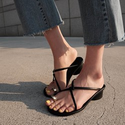 Concise Black Toe Ring Chunky Heel Slide Sandals