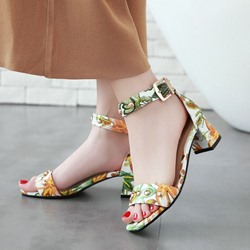 Floral Rivet Buckle Chunky Heel Sandals