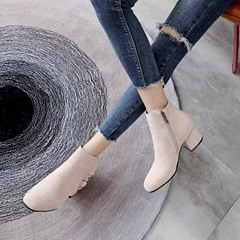 Shoespie Ruffles Round Toe Ankle Boots