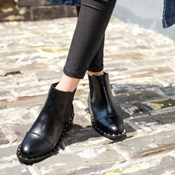 Rivet Black Casual Chelsea Boots