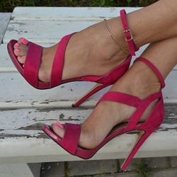Rose Line-Style Buckle Stiletto Heel Sandals