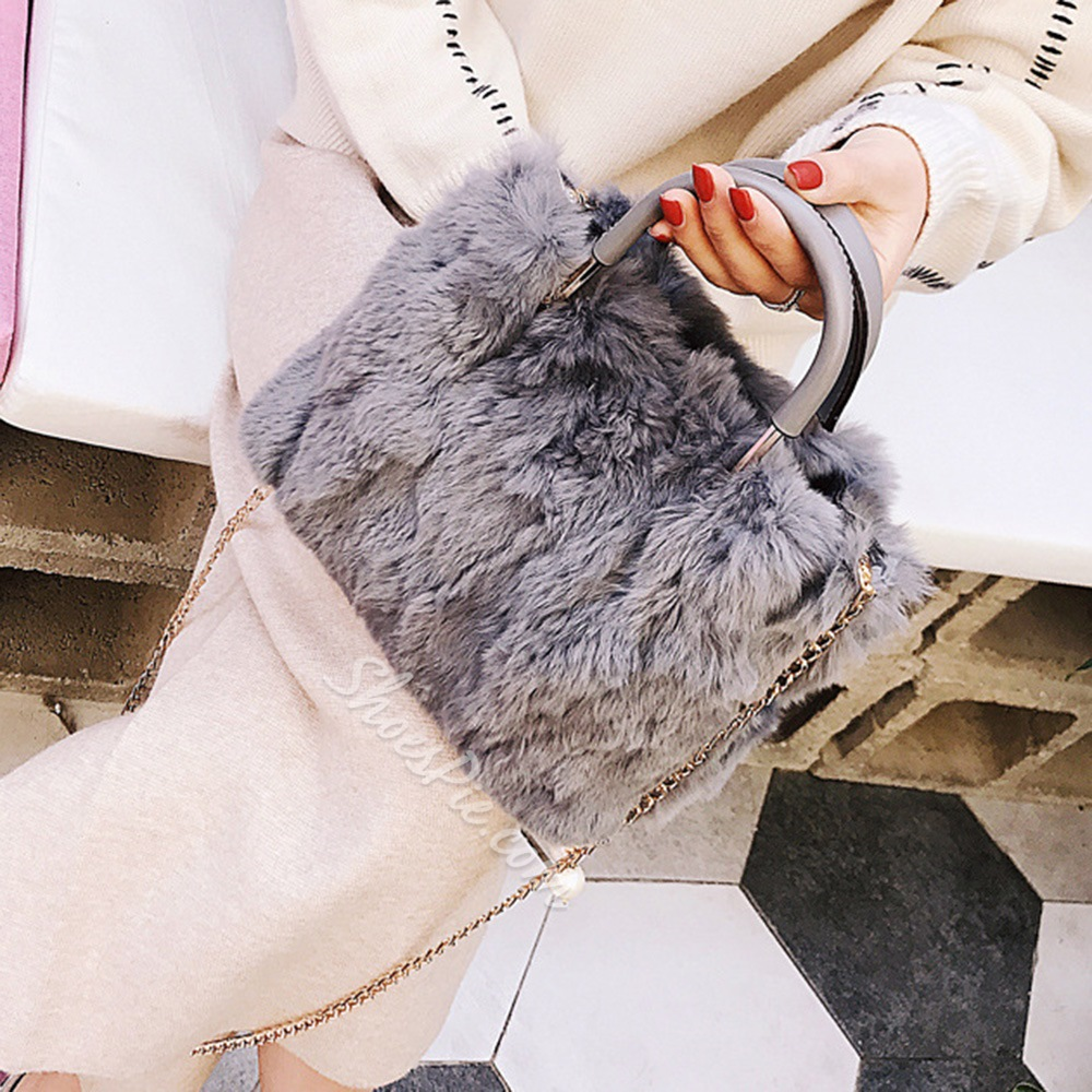 Shoespie Rabbit Hair Chain Women Handbag