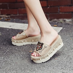 Rhinestone Beads Rivet Slip-On Platform Sandals
