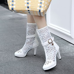 Shoespie Platform Hollow Buckle Chunky Heel Knee High Boots