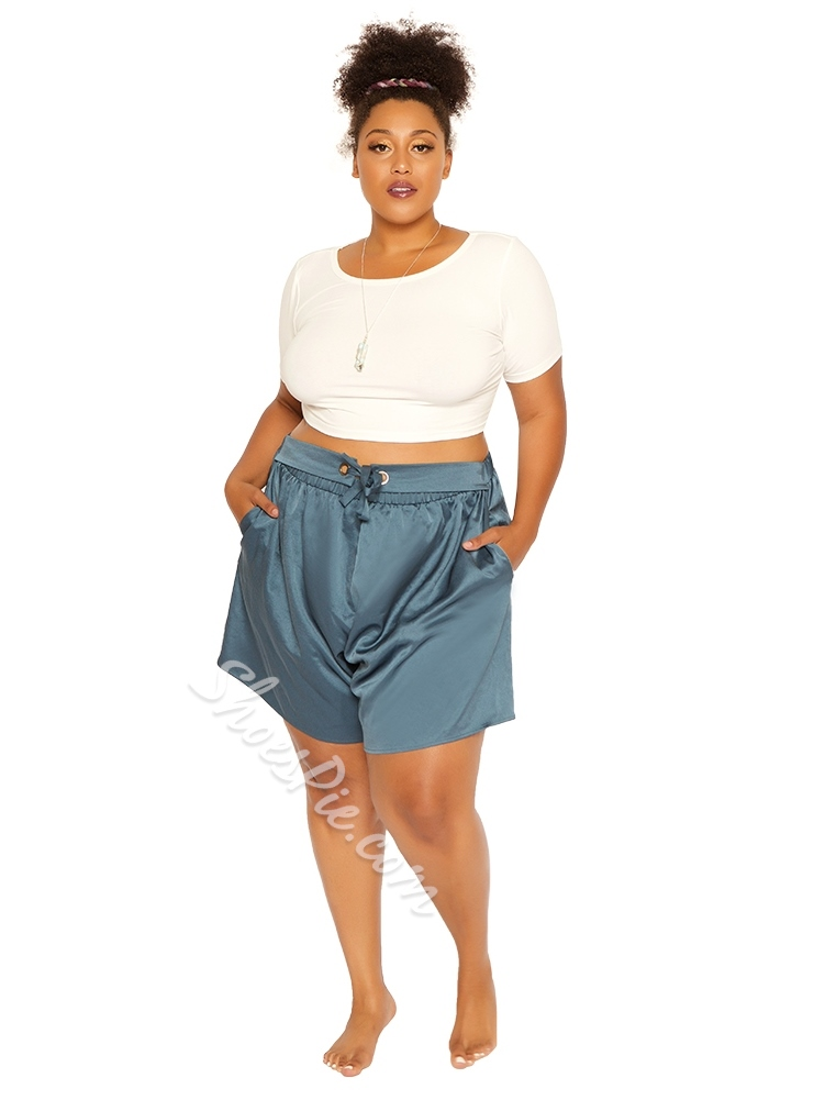 Casual Plus Size Wide Legs Lace-Up Loose Women's Shorts