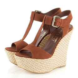 Camel Platform T-Shaped Buckle Wedge Sandals