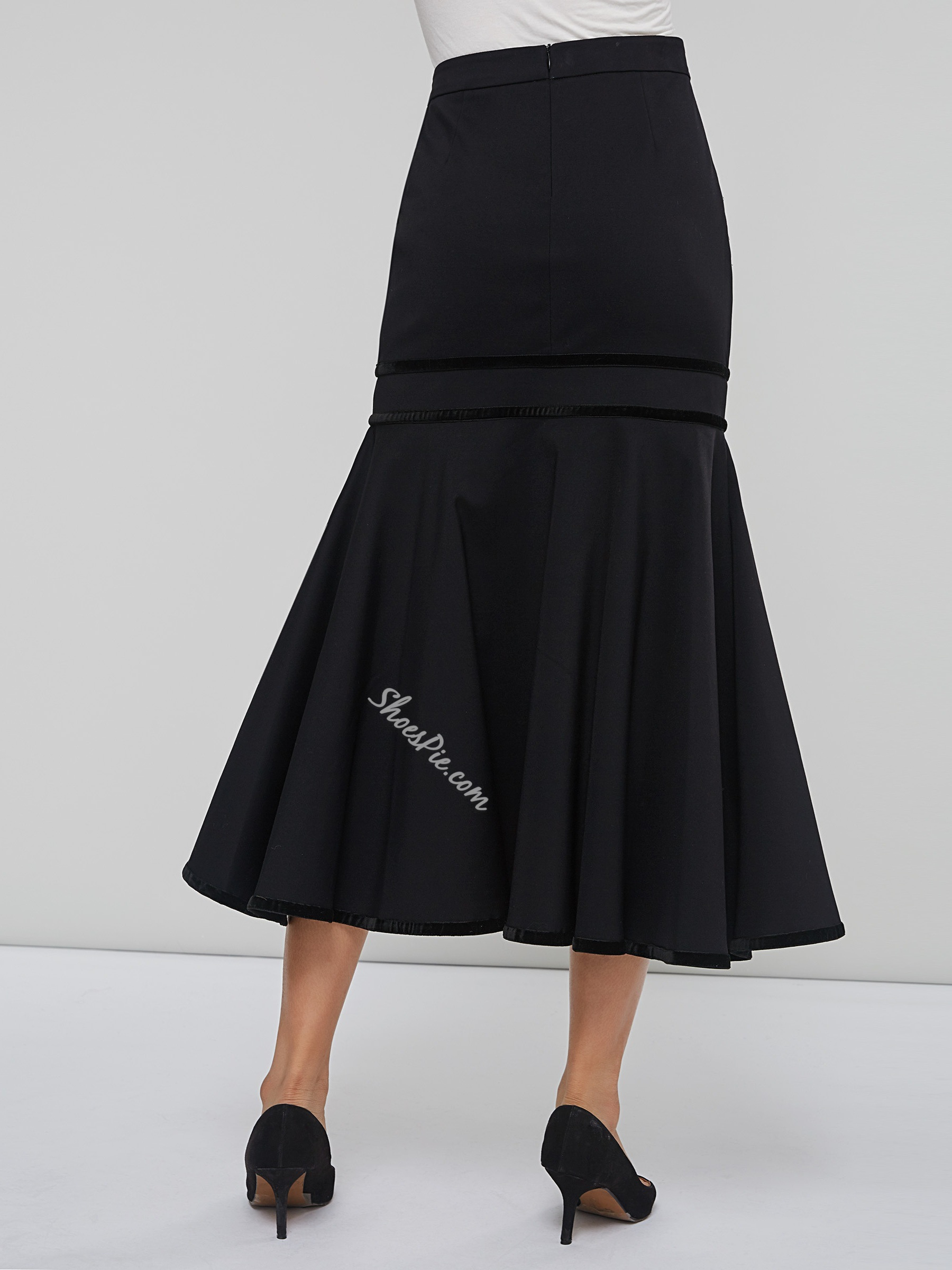 Asymmetric Mermaid Knee-Length Women's Skirt